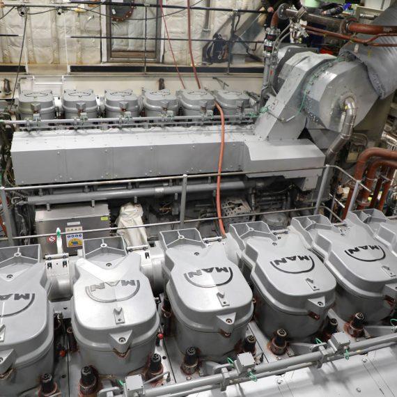 HMCS Harry DeWolf Diesel Generator Light-off